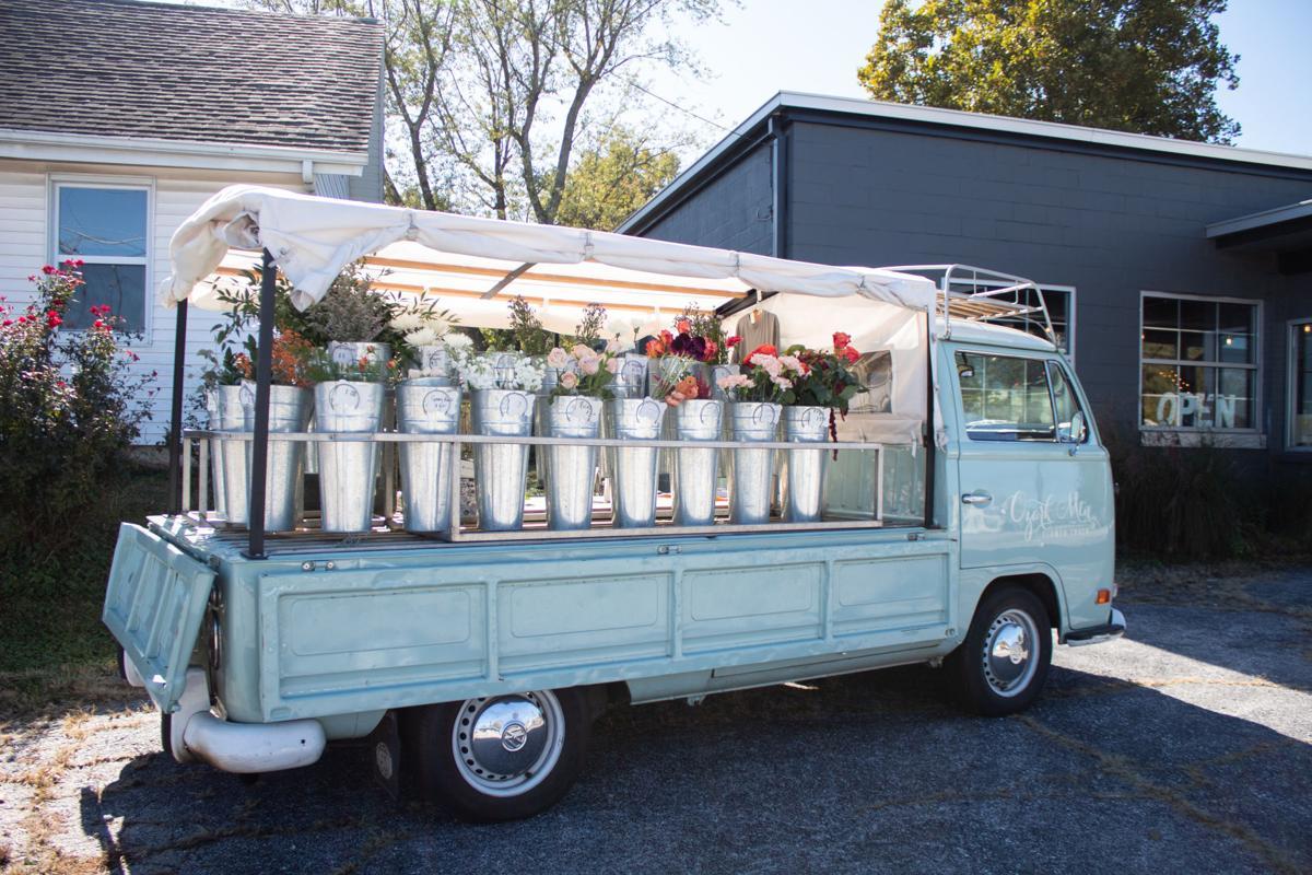 Ozark Mtn Flower Truck