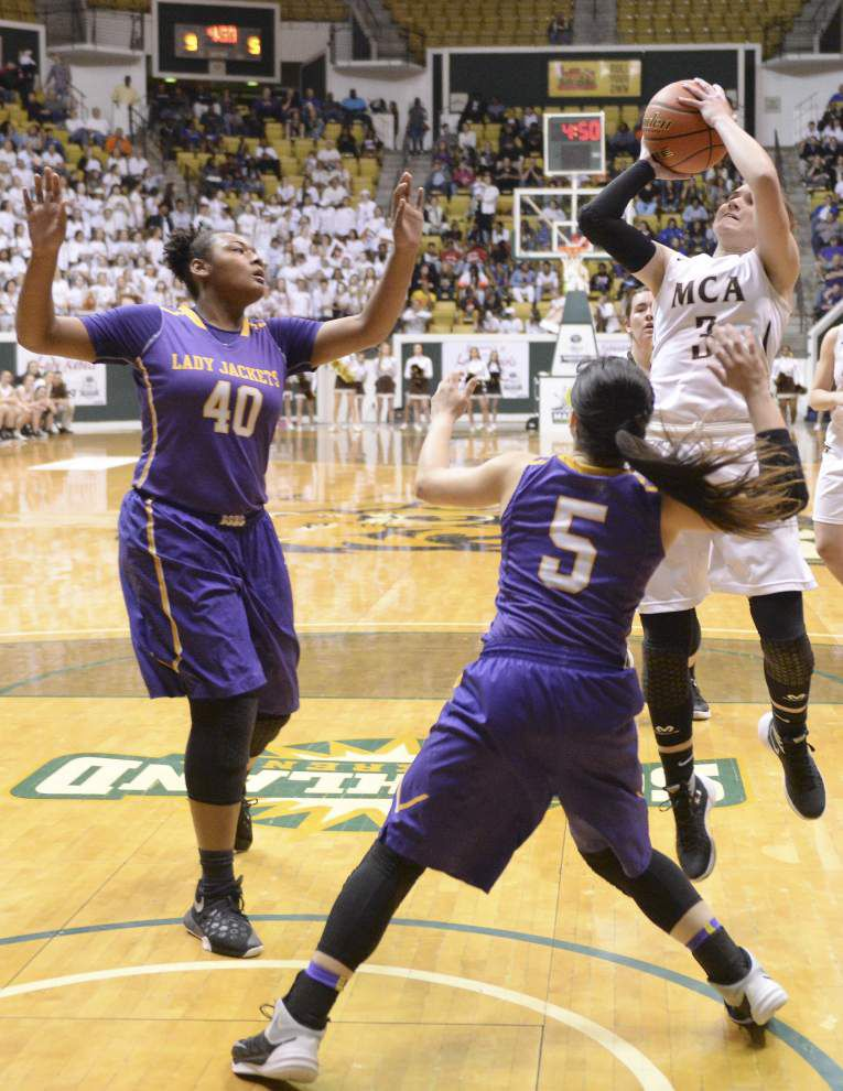 Another title for Mt. Carmel: Cubs girls basketball team tops Denham Springs for Class 5A crown _lowres
