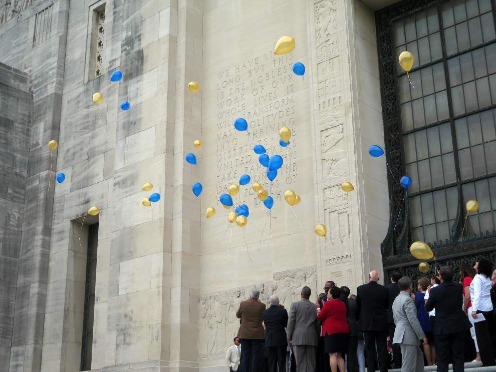 Balloons soar as Louisiana's fallen soldiers honored on 12th Military Family Day _lowres