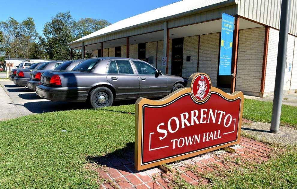 Nov. election will decide fate of Sorrento Police Dept. _lowres