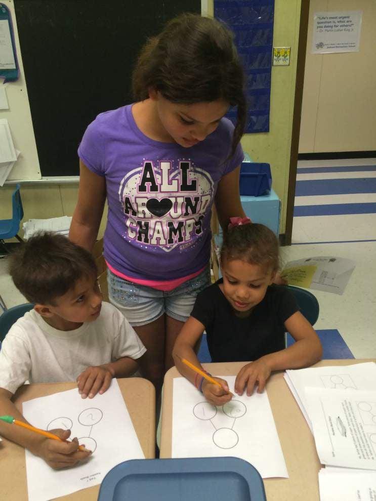 Jackson Elementary hosts Family Math Night _lowres