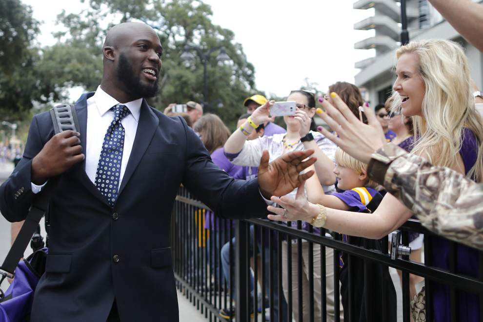 LSU's Leonard Fournette on family tickets, that dancing kid, why he looks at big screen during big runs _lowres