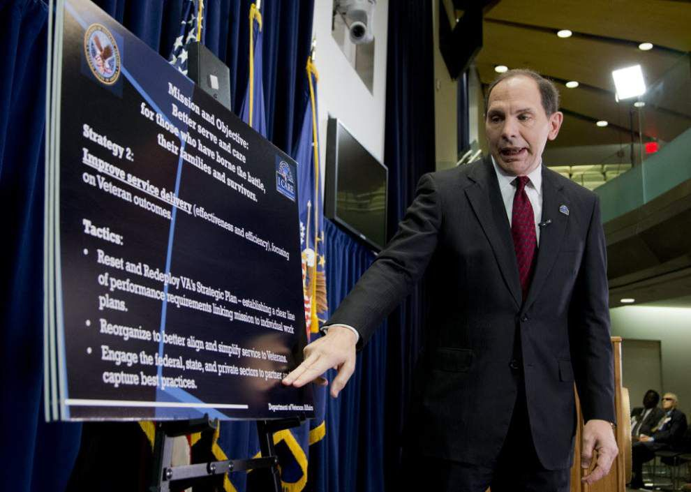 New VA chief vows lessons from Phoenix problems _lowres