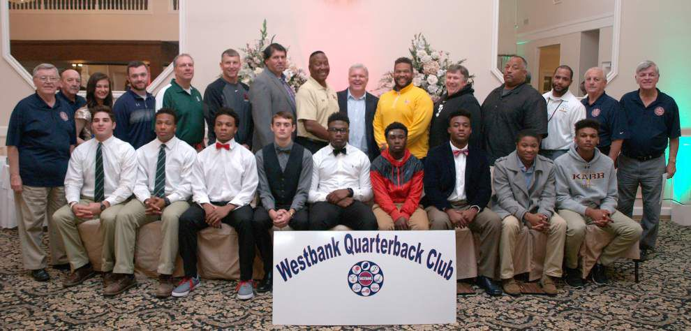 Westbank Quarterback Club honors high school student athletes _lowres
