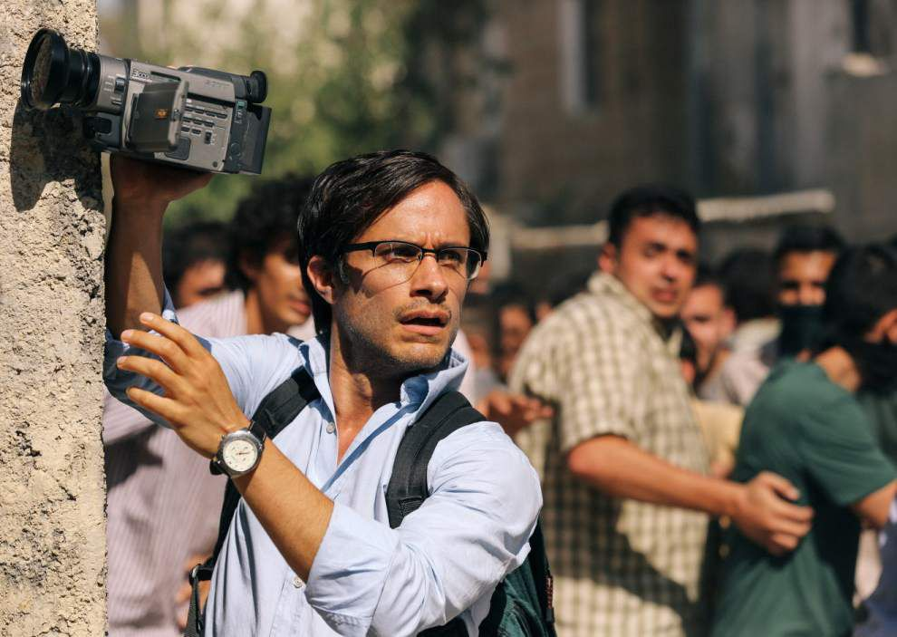 Review: Stewart displays sure hand in 'Rosewater' _lowres