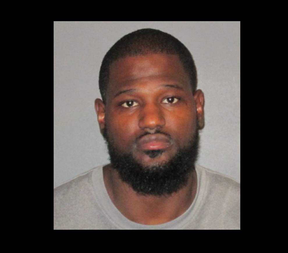 Former LSU tight end accused of choking girlfriend _lowres