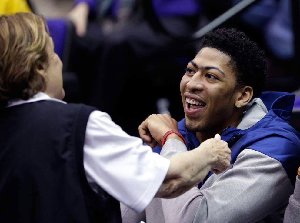 Pelicans' Anthony Davis reveling in All-Star aura _lowres