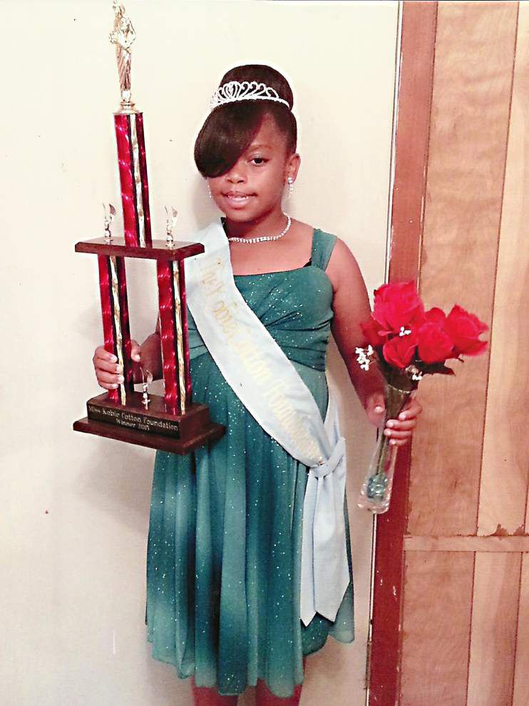 Cannon crowned Miss Kobie Cotton _lowres