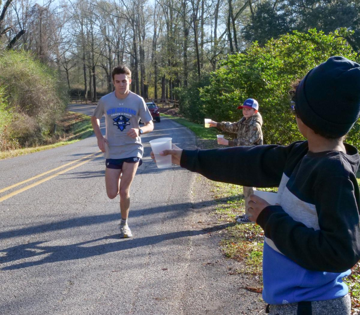Club South Runners fundraiser for WFHS cross country team01.JPG