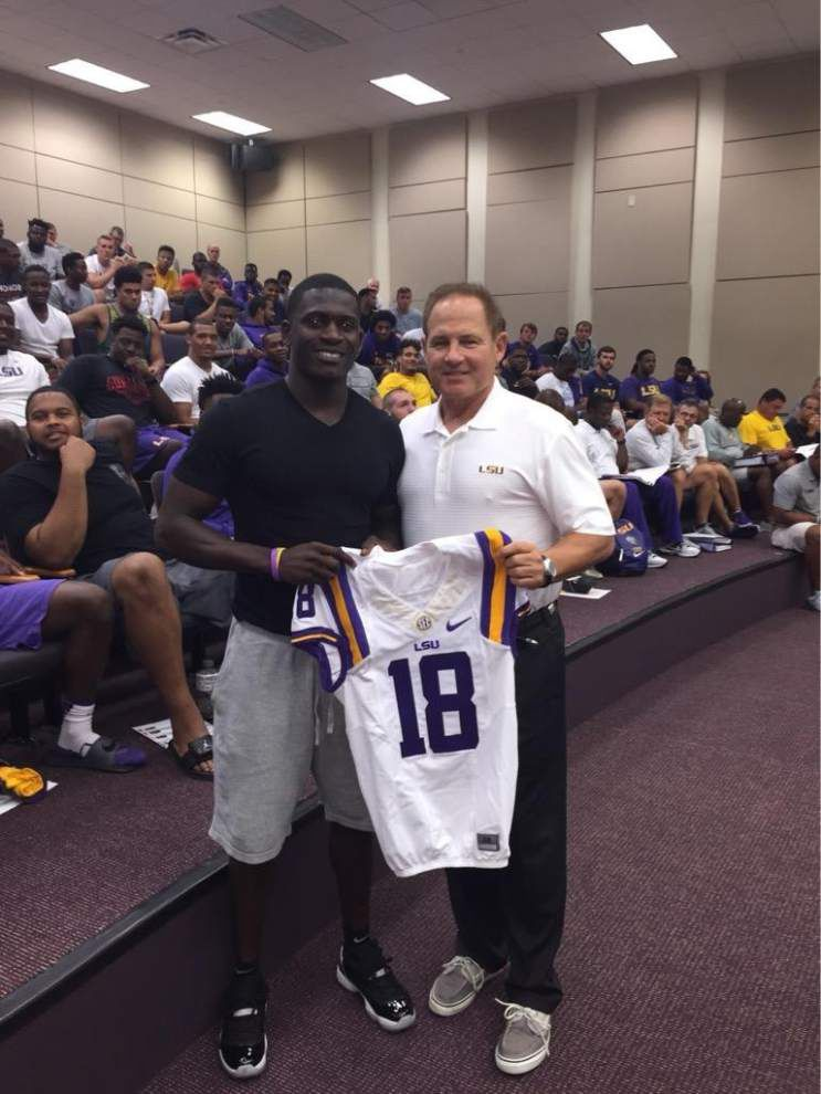 LSU coach Les Miles suggests Anthony Jennings, Dwayne Thomas won't miss game time after suspension _lowres
