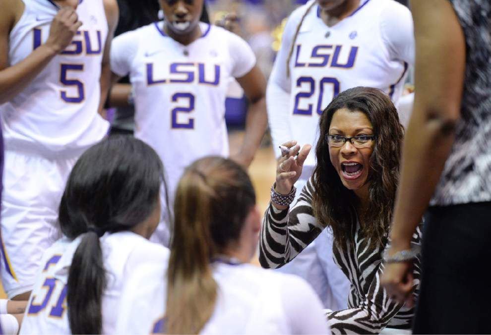 LSU coach Nikki Fargas dealing with shrinking lineup _lowres