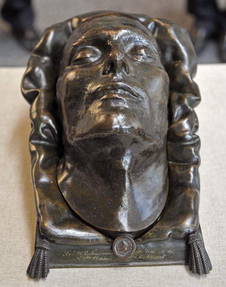 Photos: Napoleon's death mask _lowres