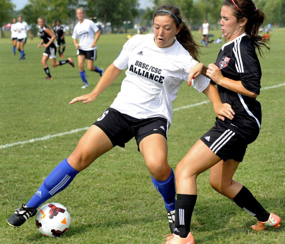St. Thomas More's Amelia Thibodeaux played on club team with several Ben Franklin players _lowres