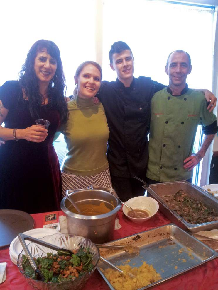 Vegan Thanksgiving feasts support Humane Society of Louisiana _lowres