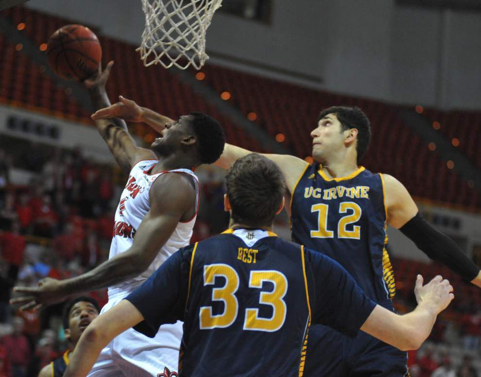 Cajuns' last-second shot off the mark in loss to UC-Irvine to end season _lowres