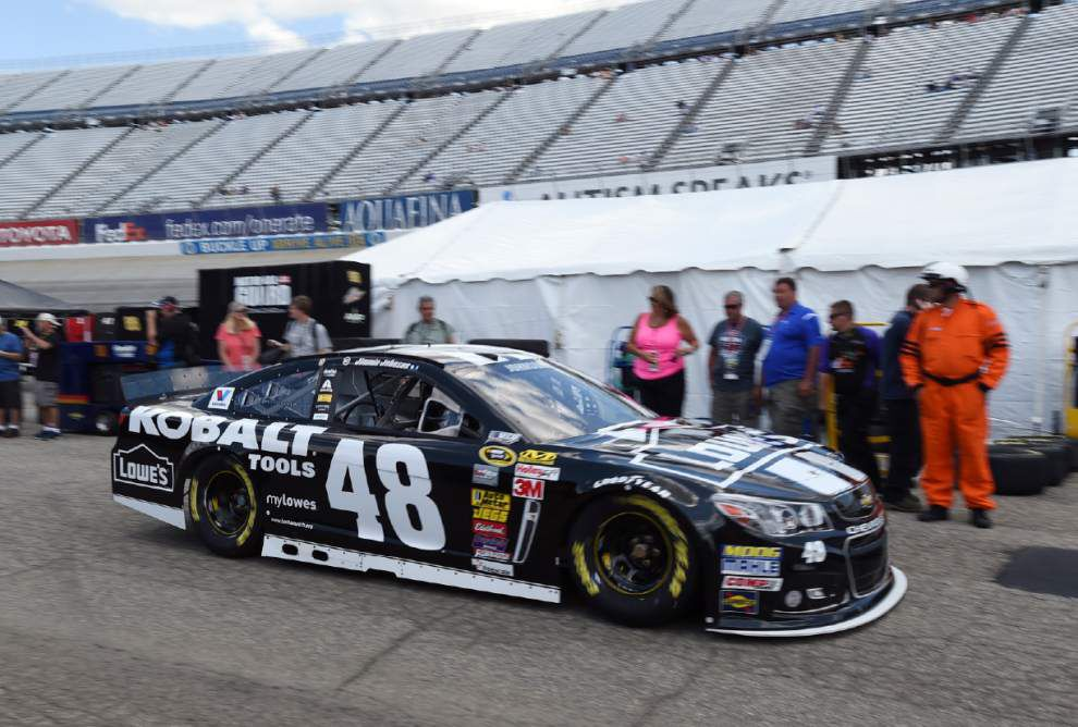 Wins leader Jimmie Johnson driver to beat again at Dover _lowres