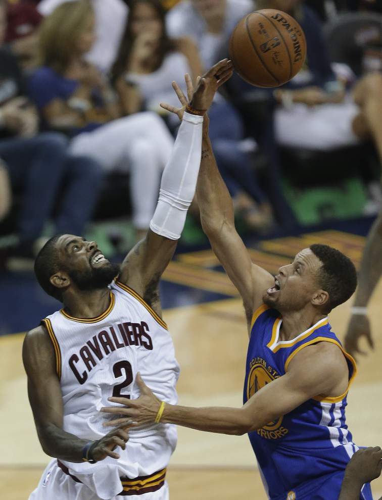 Warriors win, move within game of NBA title _lowres