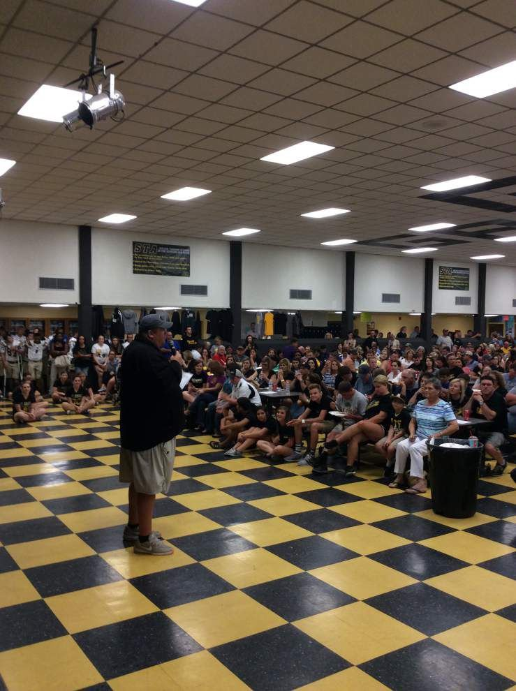 Boosters celebrate Gators' achievements on, off field _lowres