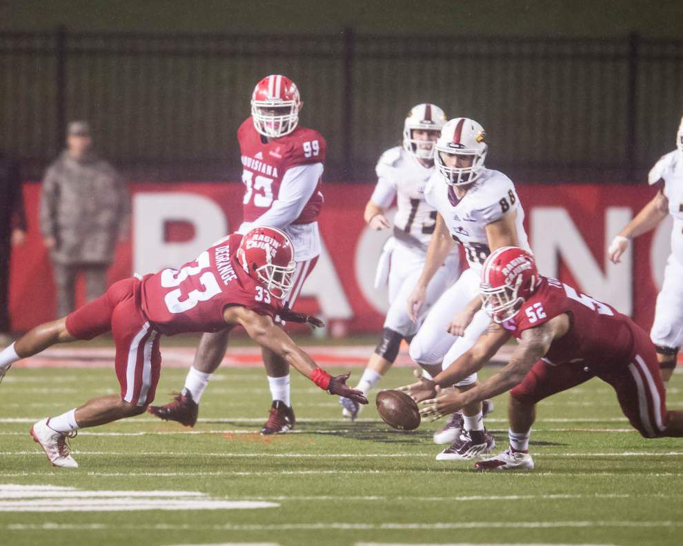 Dominique Tovell says he enjoys being the Ragin' Cajuns' new man in the middle _lowres