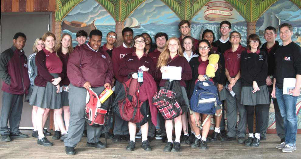 De La Salle religion students fill backpacks for the homeless _lowres