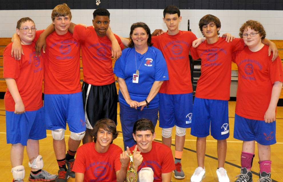 Folsom Junior High School boys volleyball team finishes its season undefeated _lowres