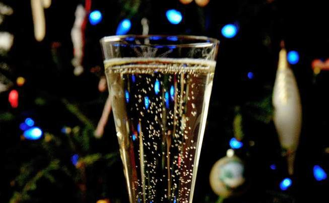 Champagne's not the only sparkling option for your celebration _lowres