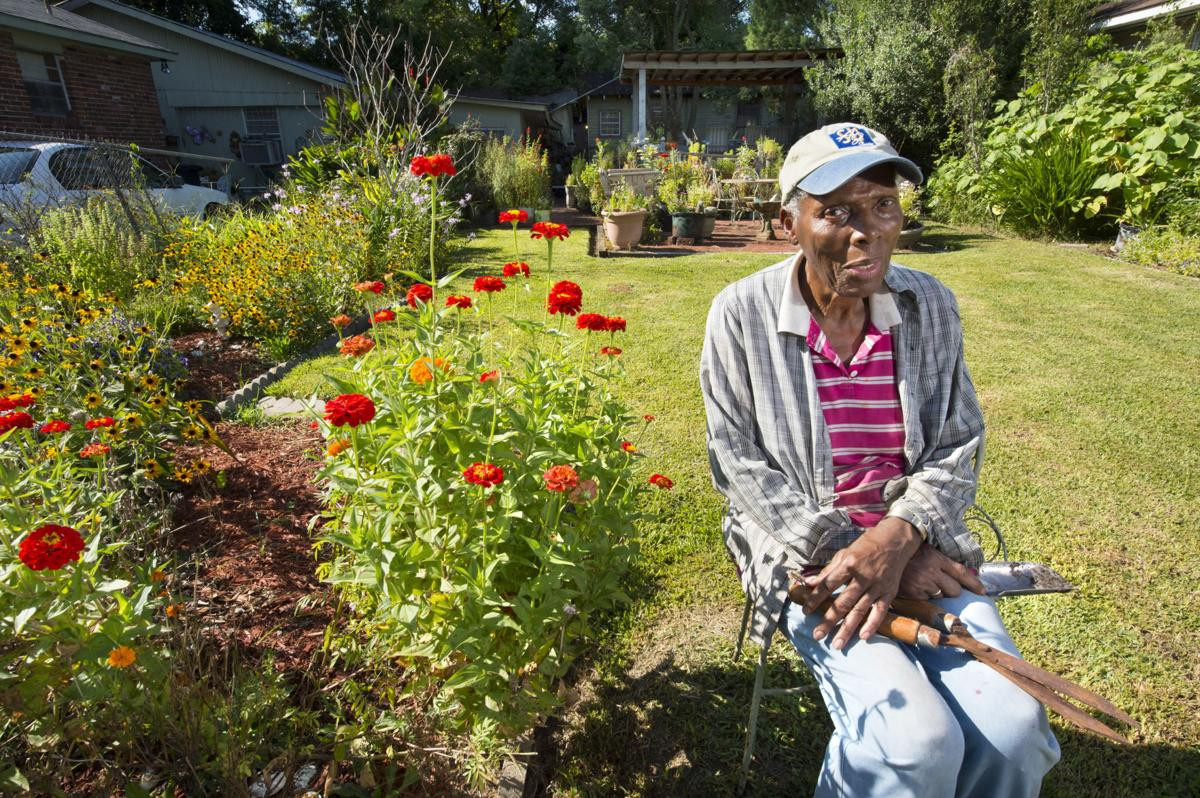 Aldreamer Smith creates an oasis of flowers on her 'holy ground' in Old South Baton Rouge