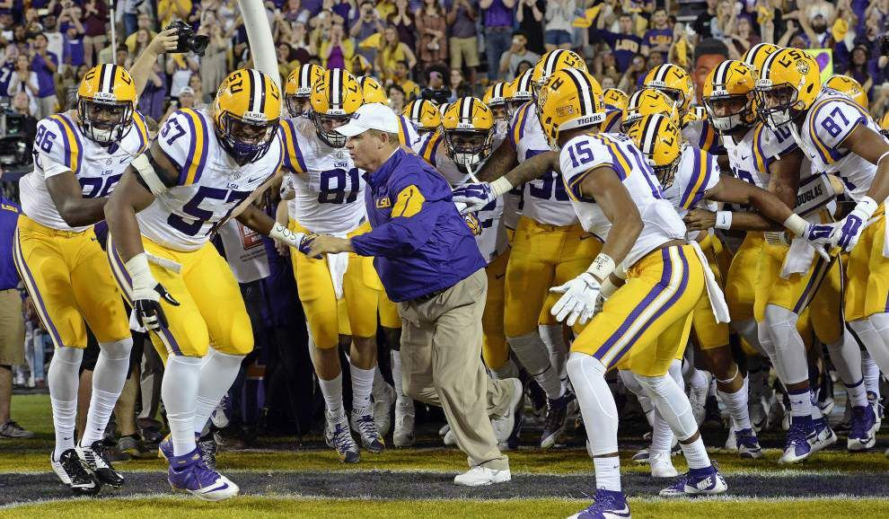 Report: Citrus Bowl rep says LSU-Michigan matchup a 'strong' consideration but first... _lowres