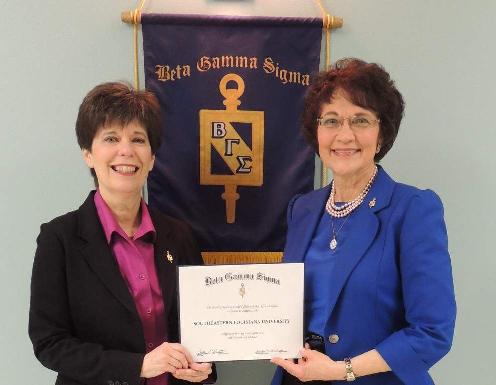 SLU society named exemplary for 11th year _lowres