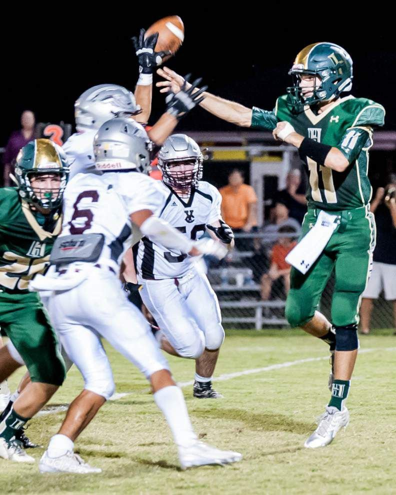 Photos: Carver shrugs off Riverdale, Vermilion Catholic stand strong in prep football Thursday night _lowres
