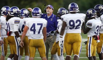 District 7 5a High School Football Preview Can Loaded Hahnville Get