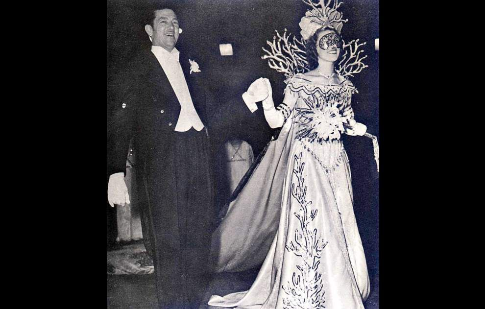 Krewe of Venus led the way for women's parading organizations in 1941 _lowres