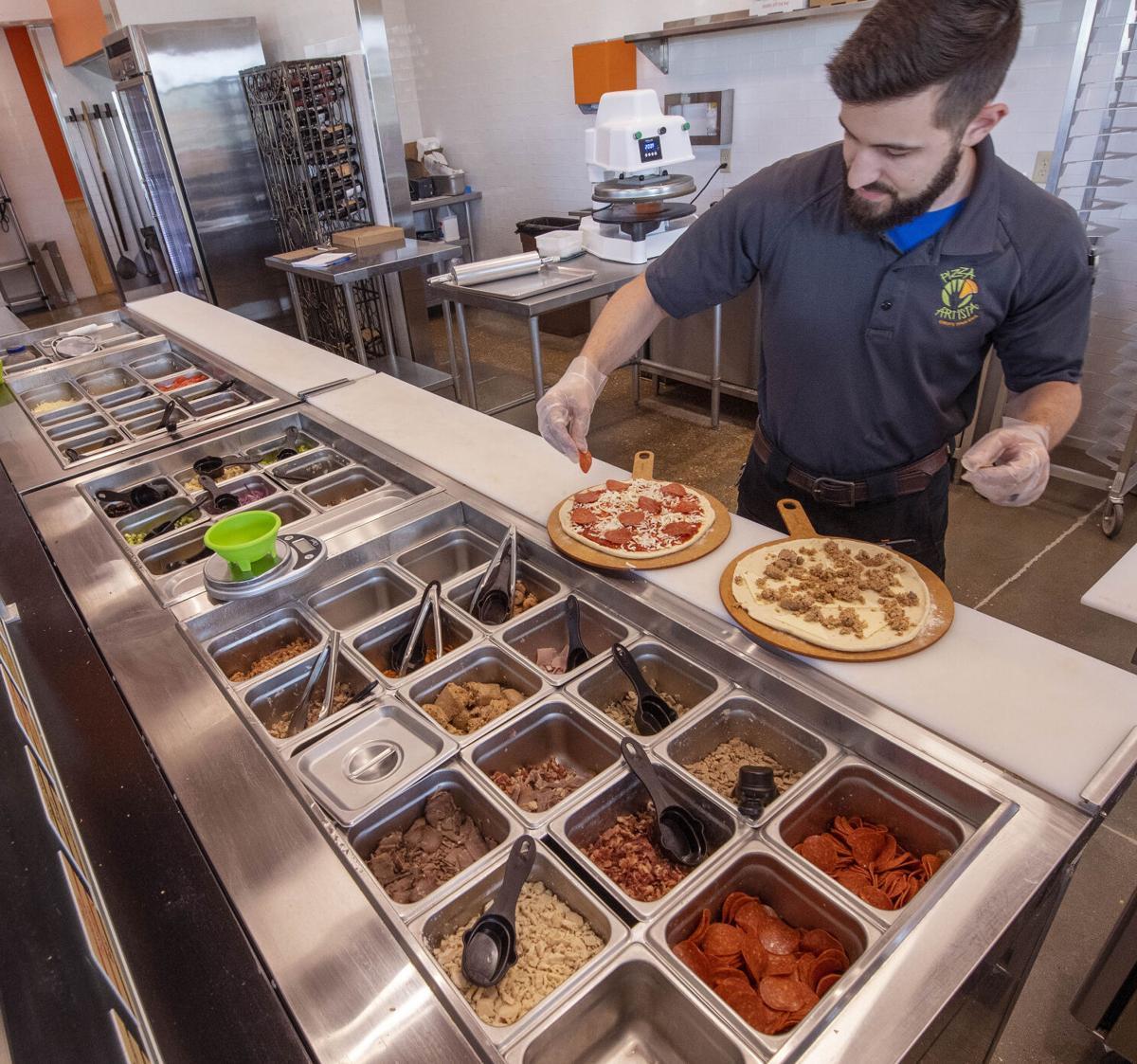 BR.pizzaartistaliv.091521 0083 bf.jpg