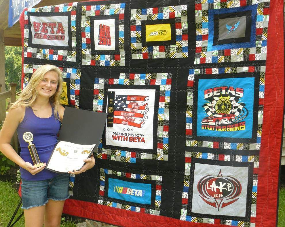 Student's quilt earns award at convention _lowres
