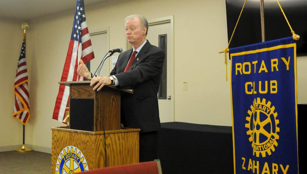 Schedler speaks on voting process, new tech _lowres