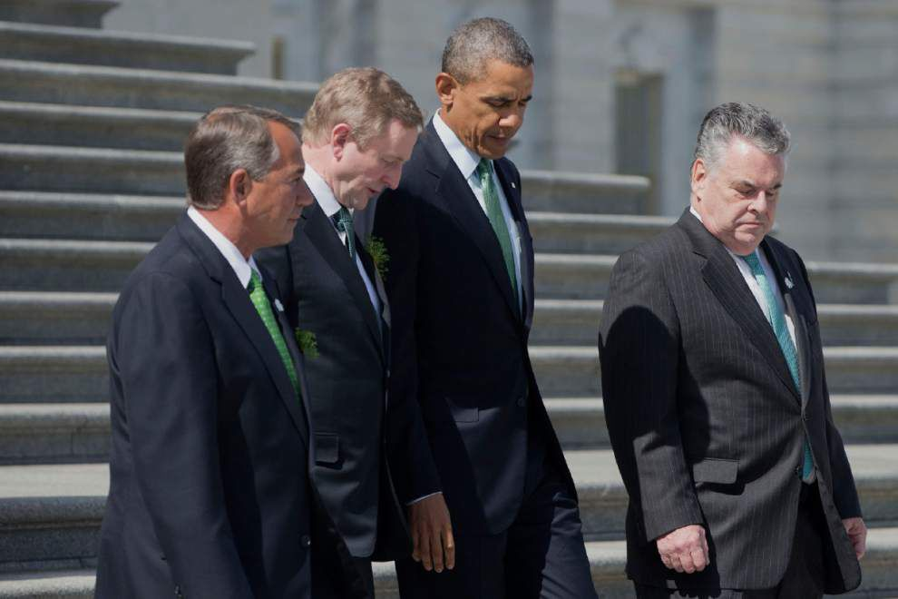 Obama, Biden kick off St. Patrick's Day early in D.C. _lowres