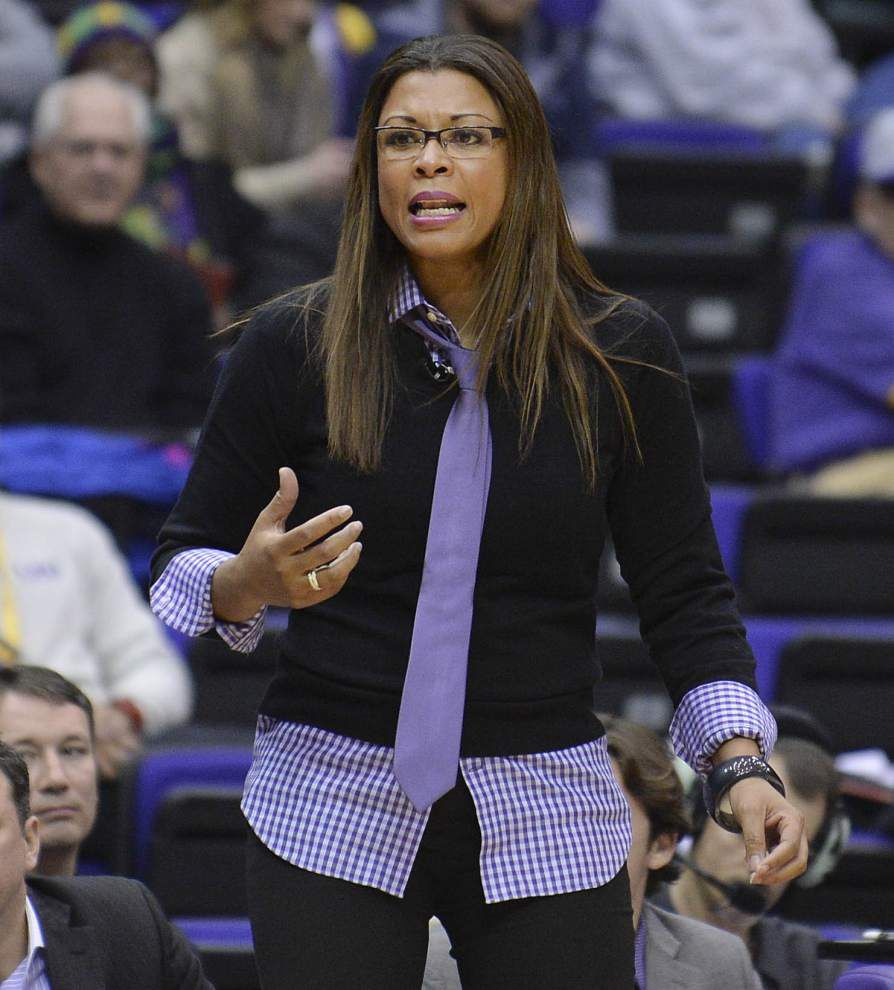 Lady Tigers release basketball schedule _lowres