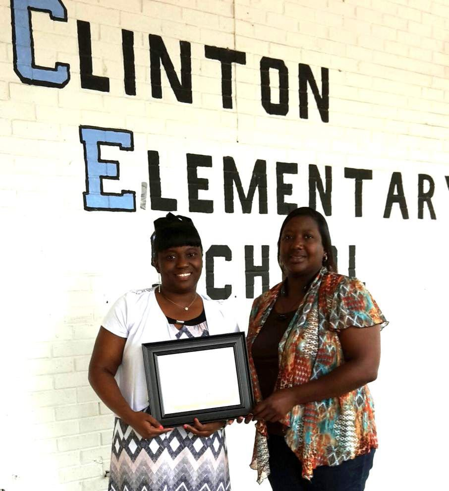 Clinton Elementary awards certificate of appreciation _lowres
