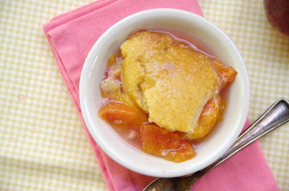 Petite Peach Cobbler _lowres