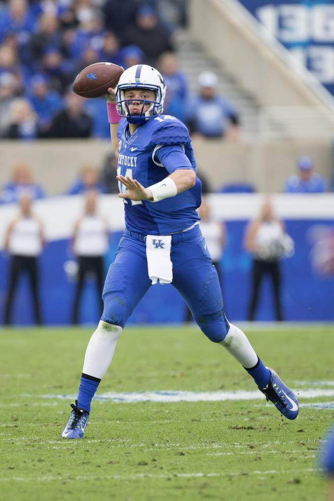 Cajuns figure they'll have their hands full with Kentucky QB Patrick Towles _lowres
