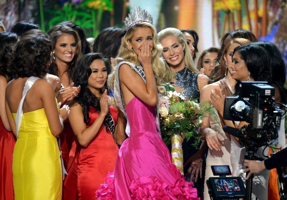 CNN: Donald Trump in deal to sell Miss USA, Miss Universe organizations _lowres