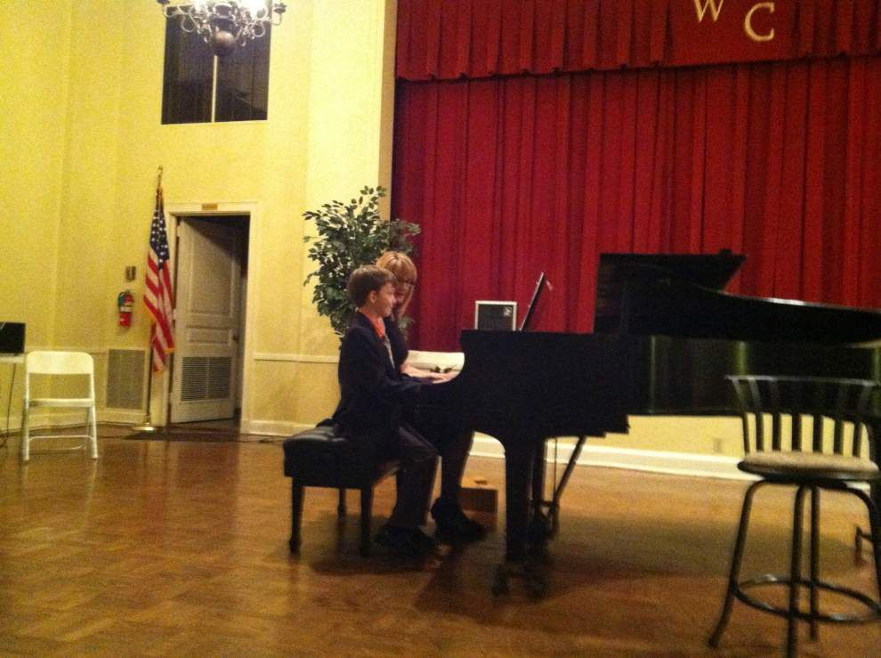 Piano, vocal recital held at Woman's Club in BR _lowres