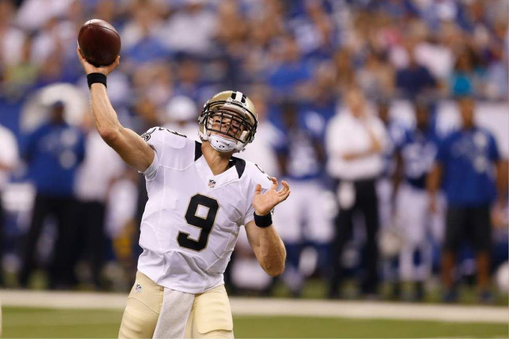 Drew Brees throws two touchdown passes to lead the Saints over the Colts, 23-17 _lowres