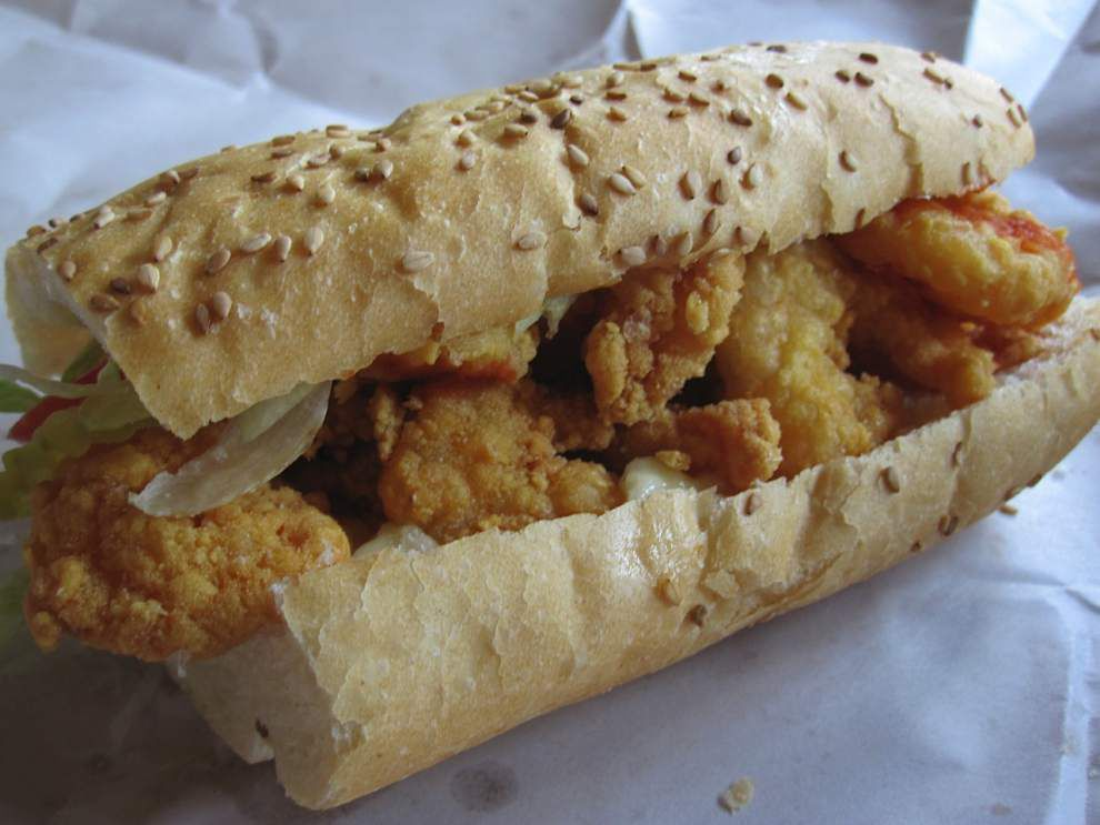 Dennis Persica: Thumbs down for 'new' po-boy _lowres