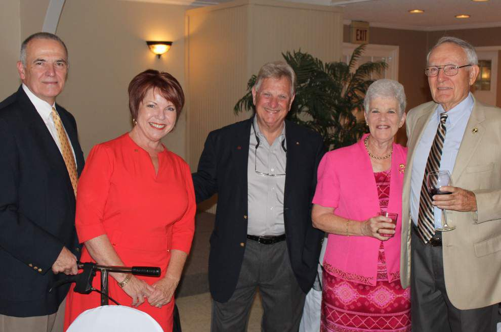 Rotary Club of Slidell Northshore installs officers _lowres