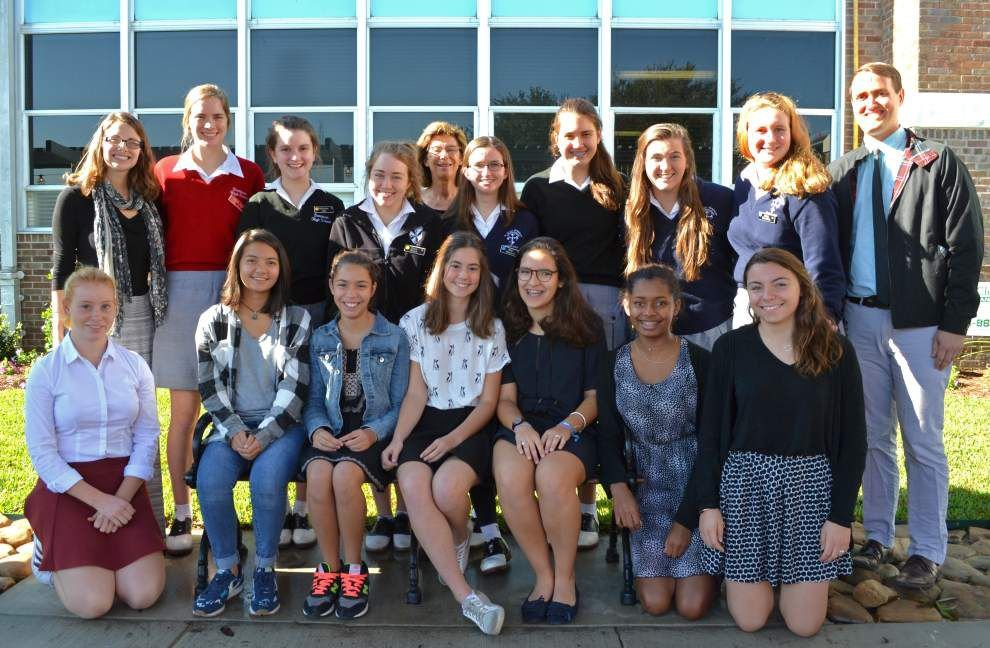 St. Mary's Dominican High School welcomes French exchange students _lowres