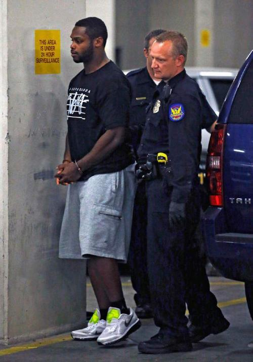 Police: Wife believed RB Jonathan Dwyer was cheating _lowres