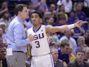 LSU's Tremont Waters breaks a Ben Simmons record as his special freshman season continues