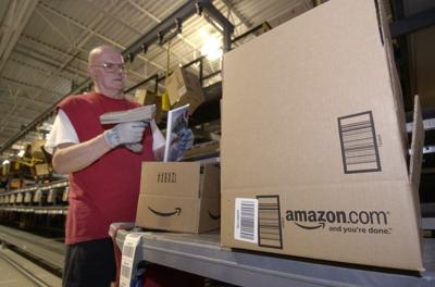Amazon touts jobs, salaries up to $25 per hour with new