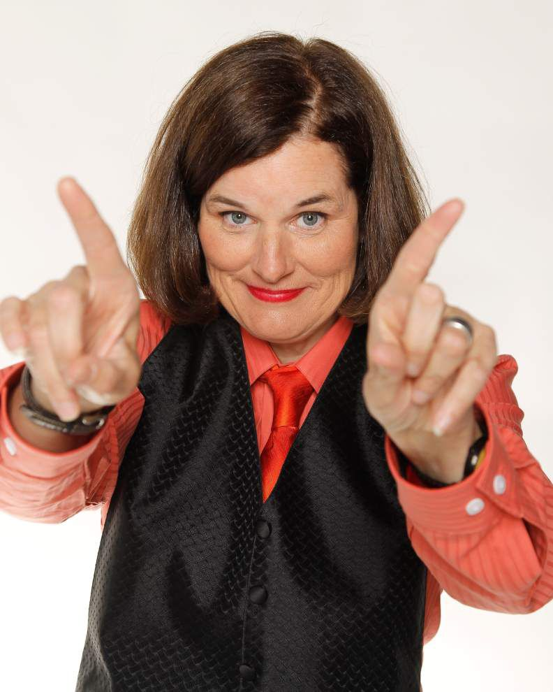 Paula Poundstone directs dry wit at life's little challenges _lowres